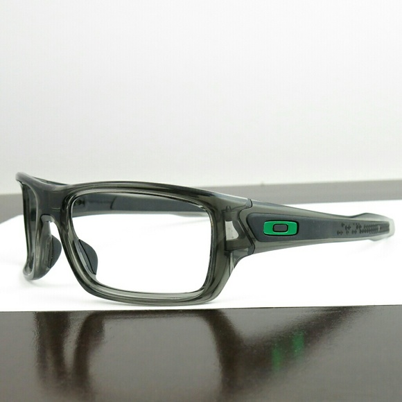 dc33b0eeab Oakley Turbine Ink Black Sunglasses Green Icon. M 5b2ad778e944ba9b1dee10c3